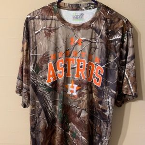 NWT Men's Under Armour Astros shirt